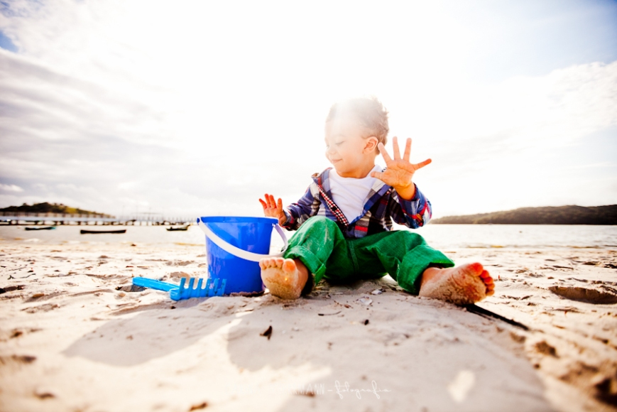 Sessão Infantil; fotos criança; Sessão infantil na praia; Bebês; Carina Schirrmann; Carina Schirman; Fotos em Itapema; Fotos em Porto Belo; Fotos em Balneário Camboriú
